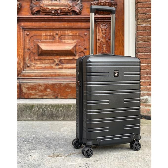 Travelbags Premium Handbagage koffer - 55 cm - 4 wielen  - USB - black