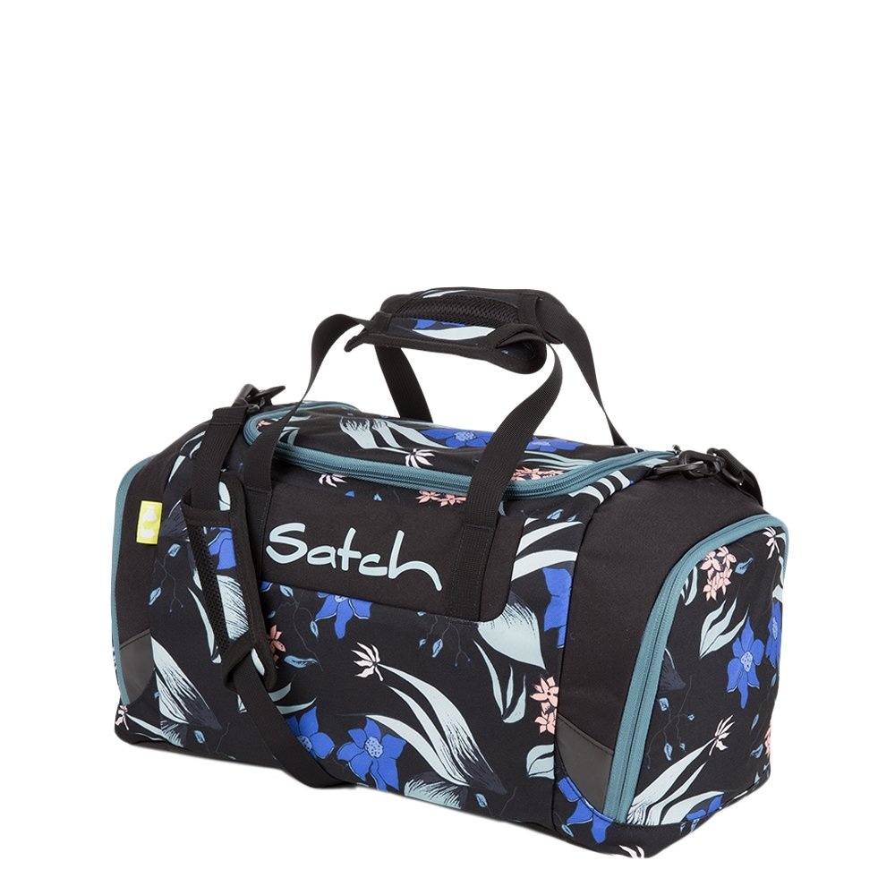 Satch Sport Duffle magic mallow Weekendtas <br/>€ 39.99 <br/> <a href='https://tc.tradetracker.net/?c=15082&m=779702&a=107398&u=http%3A%2F%2Fwww.travelbags.nl%3A80%2Fsatch-sport-duffle-magic-mallow.html' target='_blank'>Bestellen</a>