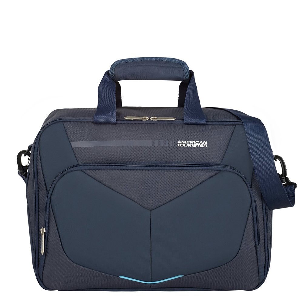 American Tourister Summerfunk 3-Way Boarding Bag navy Weekendtas <br/>€ 45.00 <br/> <a href='https://tc.tradetracker.net/?c=15082&m=779702&a=107398&u=http%3A%2F%2Fwww.travelbags.nl%3A80%2Famerican-tourister-summerfunk-3-way-boarding-bag-navy.html' target='_blank'>Bestellen</a>